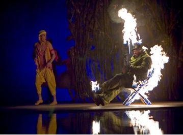 Bellaigo_Cirque_du_Soleil_O_Man_on_Fire