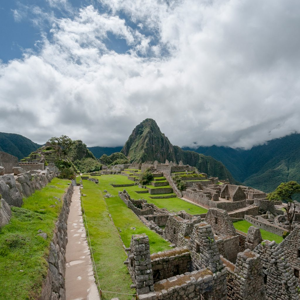 Classic Puru_Galapagos_Huayna_Picchu